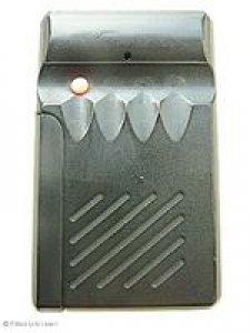 Handsender Seip SE 40 TX,  wurde ersetzt durch Handsender Seip MIDI-HS (BE40A015004),  4 Tasten, 40 MHz AM