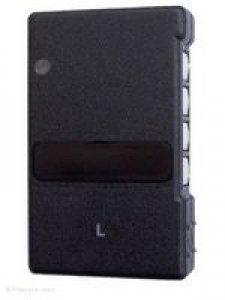 Handsender Deltron S425L, S426L, lernfähig, 4 Tasten, 27 MHz AM, LED leuchtet grün