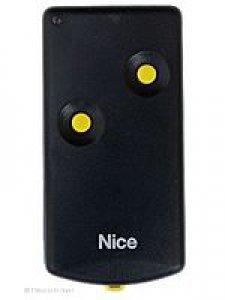 Handsender Bernal K2M/D, 2 Tasten, 27,120 MHz, wird ersetzt durch Handsender HR RQ2640F, lernfähig, 4 Tasten, 27,120 MHz AM