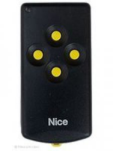 Handsender Bernal K4M/D, 4 Tasten, 27,120 MHz, wird ersetzt durch Handsender HR RQ2640F, lernfähig, 4 Tasten, 27,120 MHz AM
